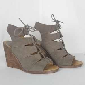 Melrose and Market Wedge Sandals